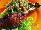 Рецепта Печено пуешко бутче с ориз, дробчета и воденички на фурна